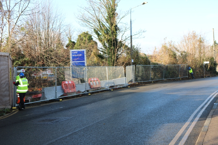 17.12.04 site work begins at Purfleet, former Yarra site London Rd. (1)
